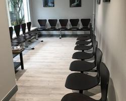 sièges sur poutre en bois Gilmat Paris
